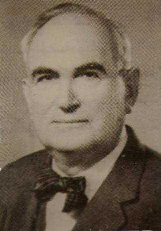 الاستاذ المرحوم الدكتور ( ابراهيم عاكف الالوسي )