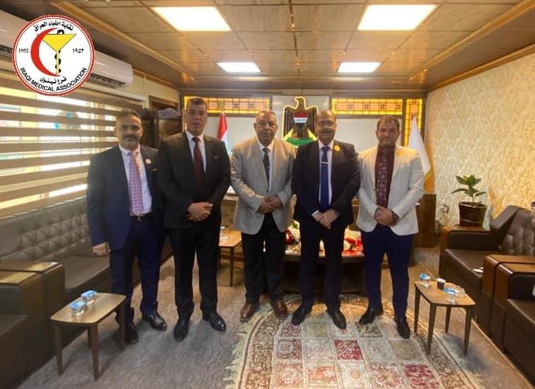 نقيب الأطباء يلتقي مدير بلدية الموصل برفقة رئيس فرع النقابه في #نينوى.