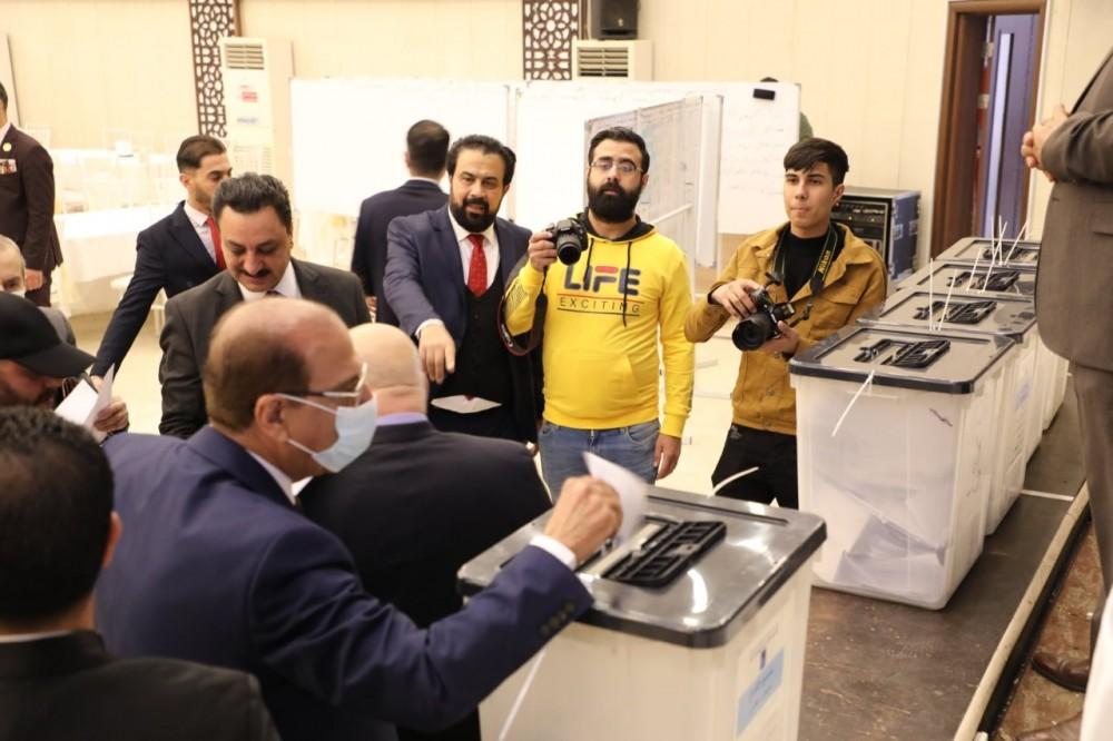 إنتخابات نقيب الأطباء العام واعضاء مجلس النقابة في مقر نقابة أطباء العراق