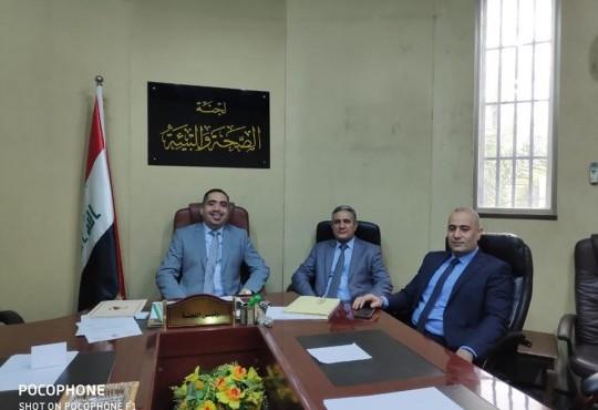 لتقى السيد نقيب أطباء العراق الدكتور ((عبد الأمير محسن حسين)) رئيس لجنة الصحة والبيئة الدكتور (قتيبة الجبوري))